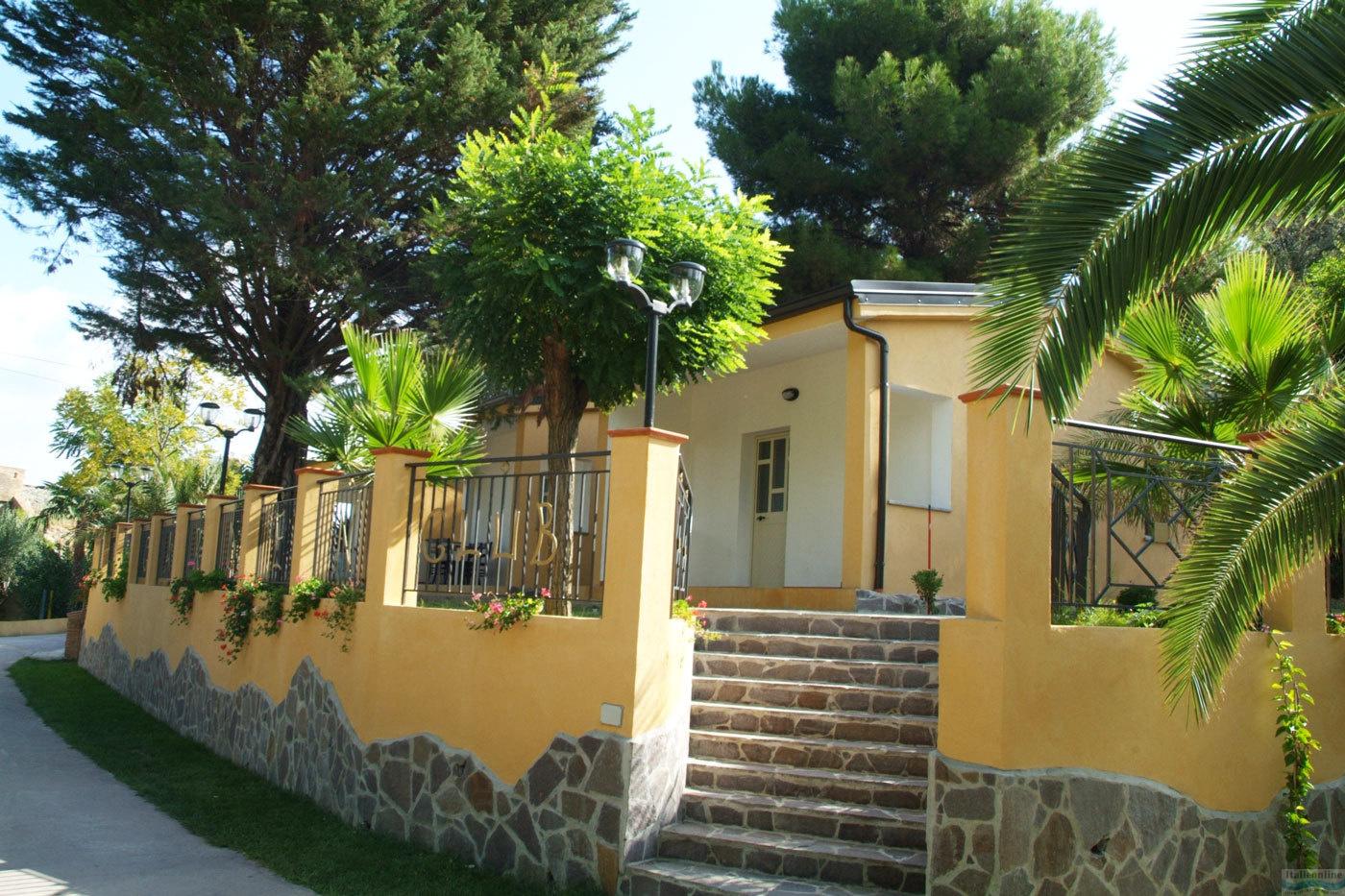 Residence Green Garden Club Briatico Italien Italieonline