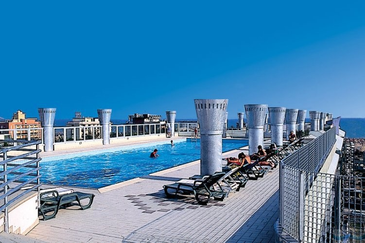 Residence delle terme bibione spiaggia italia italieonline for Piscina olimpia prezzi