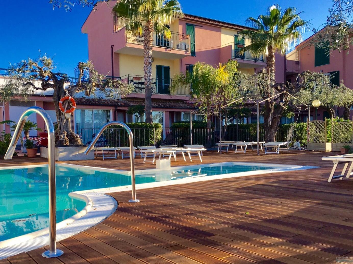Hotel Robinia Imperia Prezzi