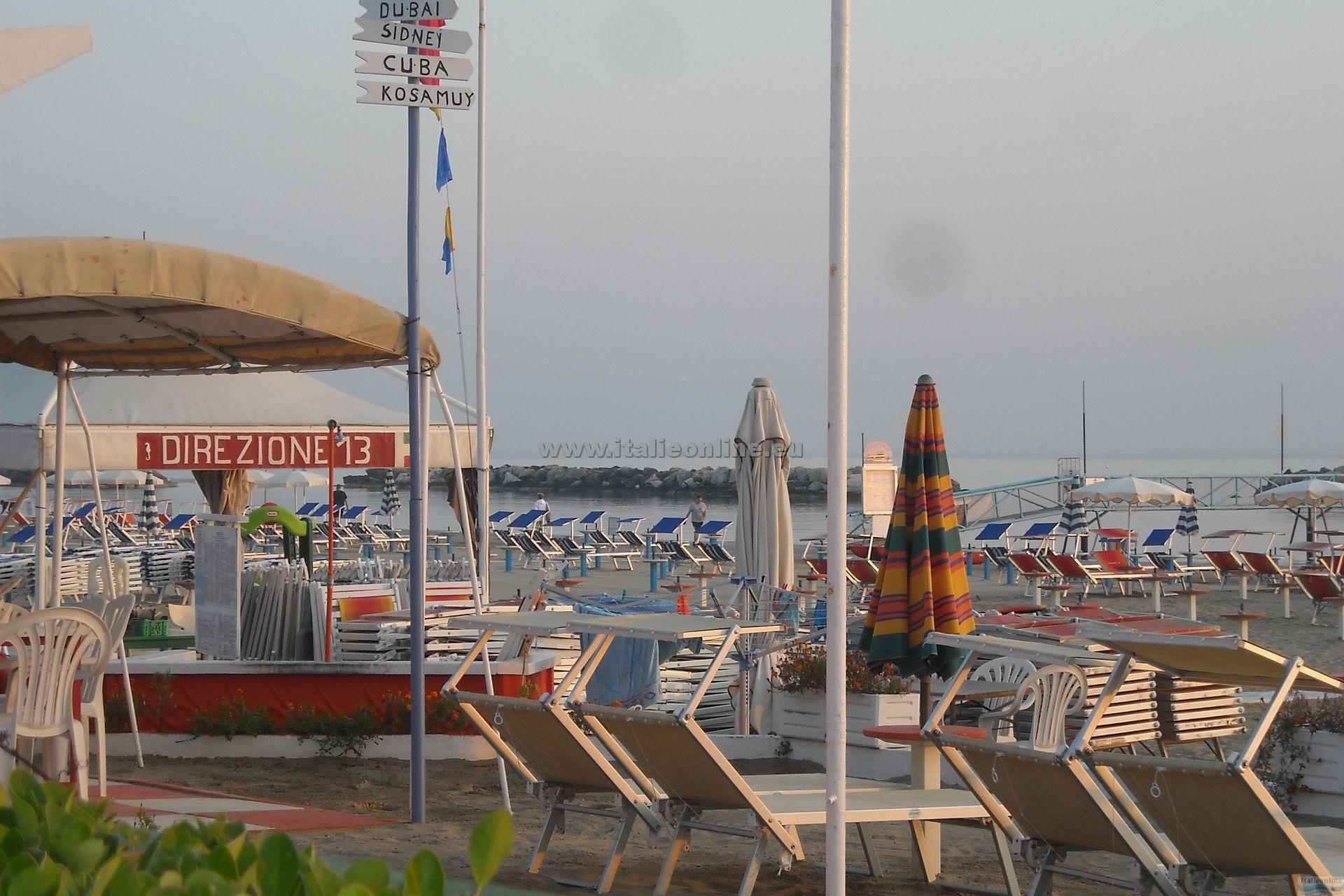 Residence giardino bellaria igea marina it lie ck italieonline - Residence il giardino bellaria ...