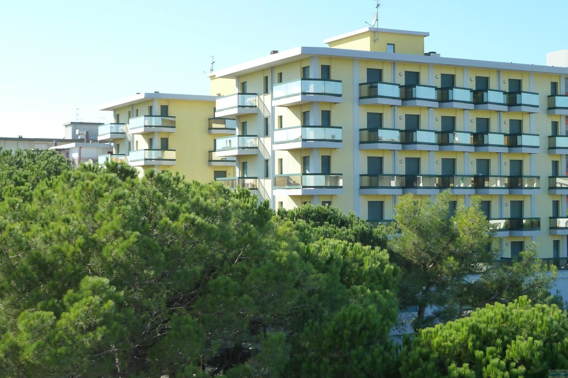 Residence Costa Del Sol Lido Di Jesolo Est It 225 Lie Ck