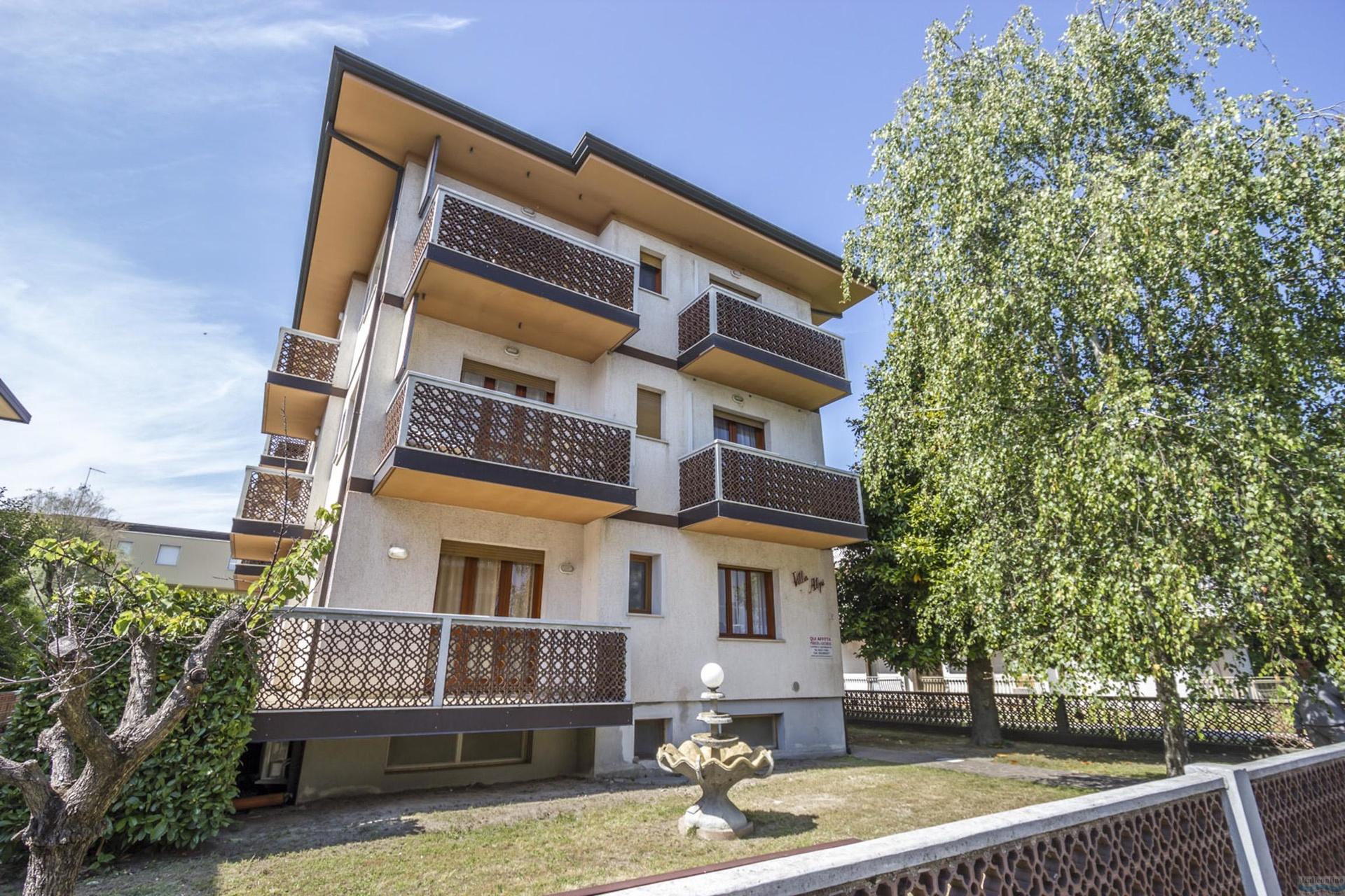 Villaggio Burchiello Lignano Pineta Italien Italieonline