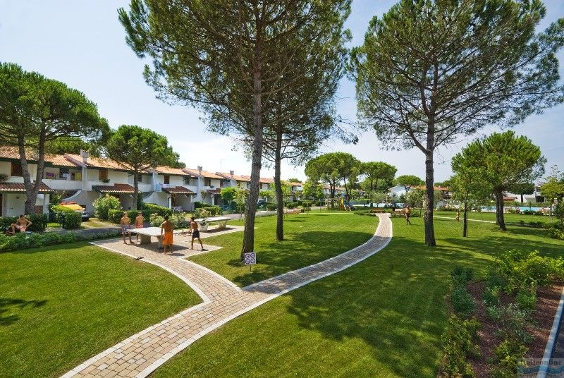 Villaggio danubio e olimpia bibione spiaggia italia for Piscina olimpia prezzi