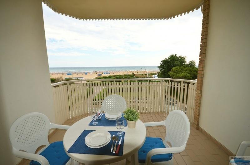 Appartamenti Frontemare Spiaggia Bibione Spiaggia Italy Italieonline