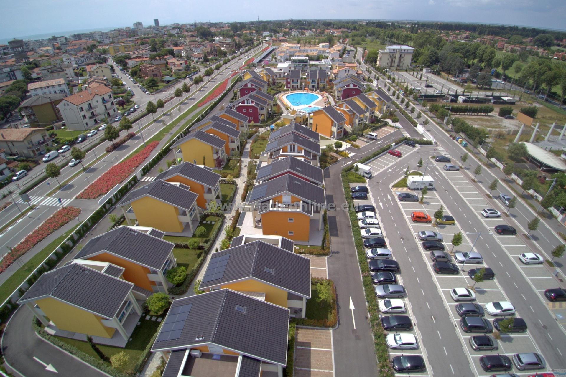 Jesolo Green Village Lido Di Jesolo Centro Italy Italieonline