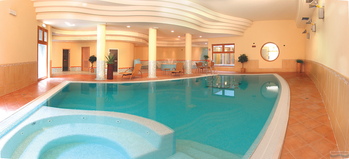 Active hotel paradiso golf lago di garda peschiera del garda italia italieonline - Hotel lago garda piscina coperta ...