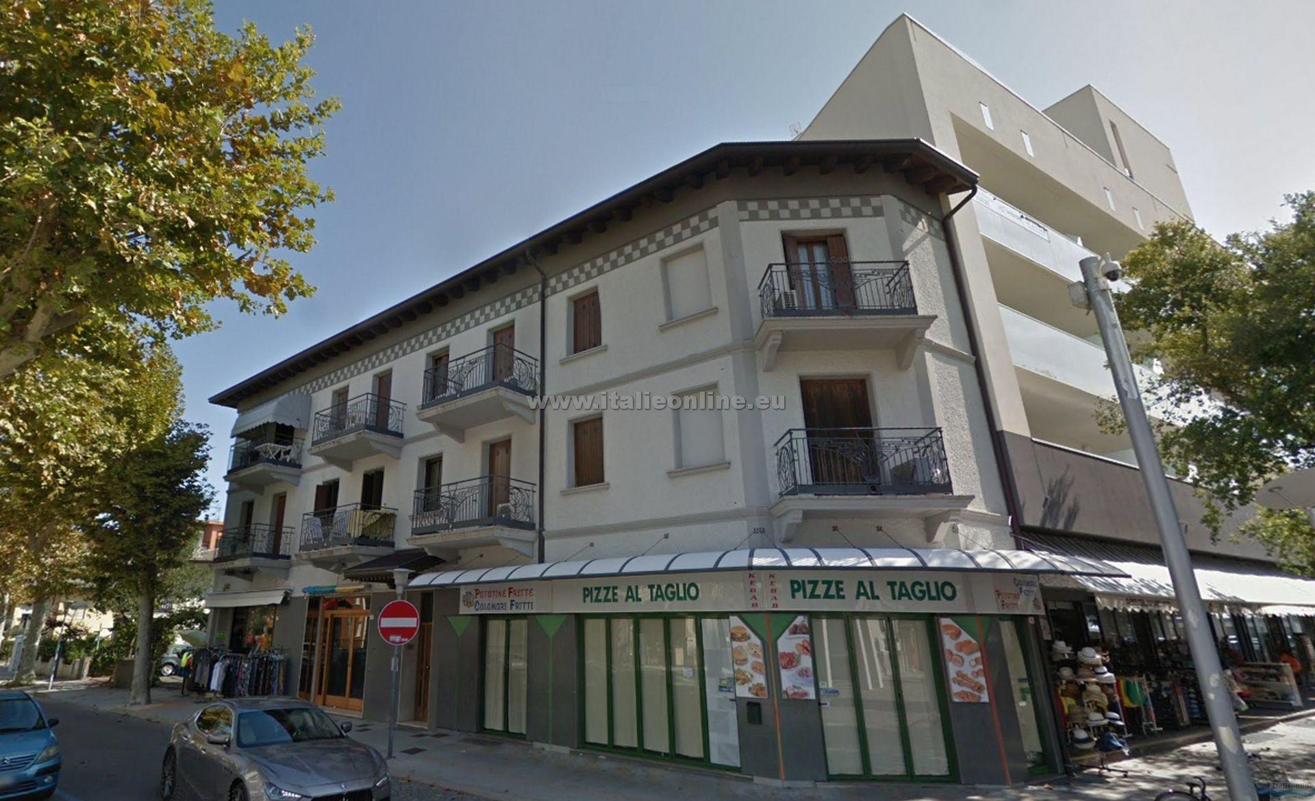 Appartamenti timavo lignano sabbiadoro w ochy bp italieonline for Appartamenti lignano
