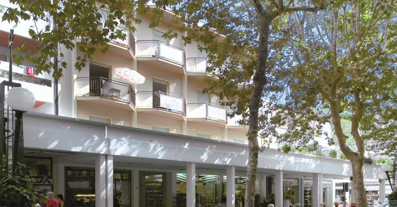Appartamenti Furlan Bibione Spiaggia Italy Italieonline on the british museum collection, trump hotel collection, victoria collection, nice collection, vera wang princess collection, sherri hill collection,