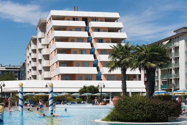 Aparthotel Holiday Bibione