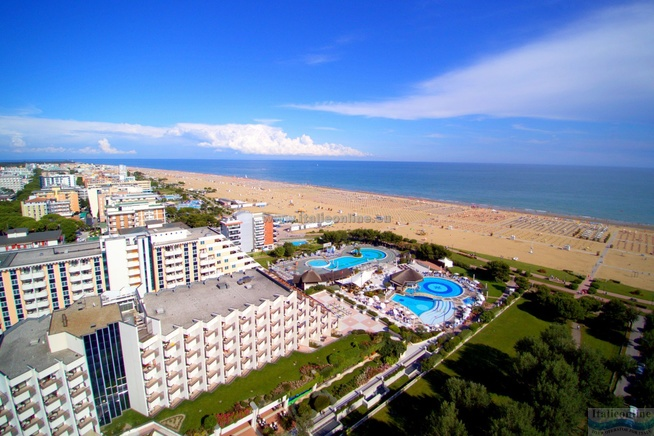 Hotel Savoy Beach & Thermal SPA Bibione